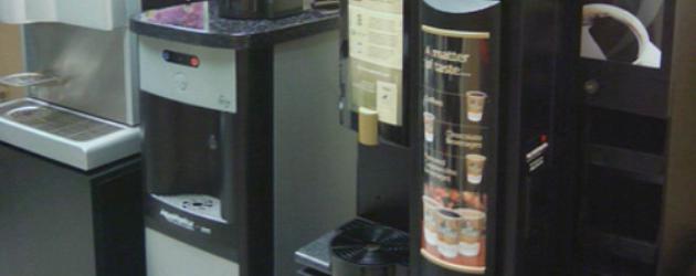 Alla macchina del caffè…